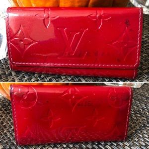 🔴SALE! Auth LV Vernis Multicles 4 Ring Key Case